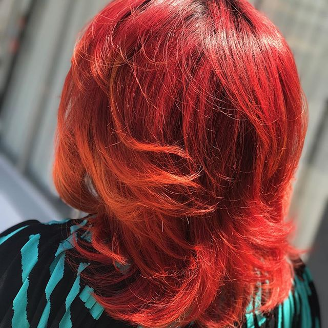 🔥 #redhair #summer #hairconcept2000 #woodlandhills #americansalon #modernsalon #hairbyneda #blowdry