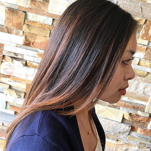 Summer balayage! #hair #summer #balayage #darkhair #woodlandhills #americansalon #modernsalon #caramelbalayage #hairbyhenni #hairconcept2000