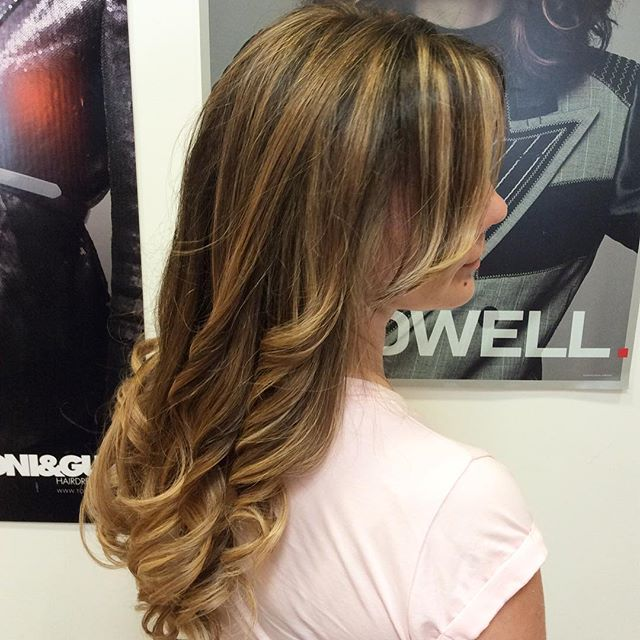 End of summer highlights... #hair #curls #highlights #longhair #americansalon #modernsalon #hairconcept2000