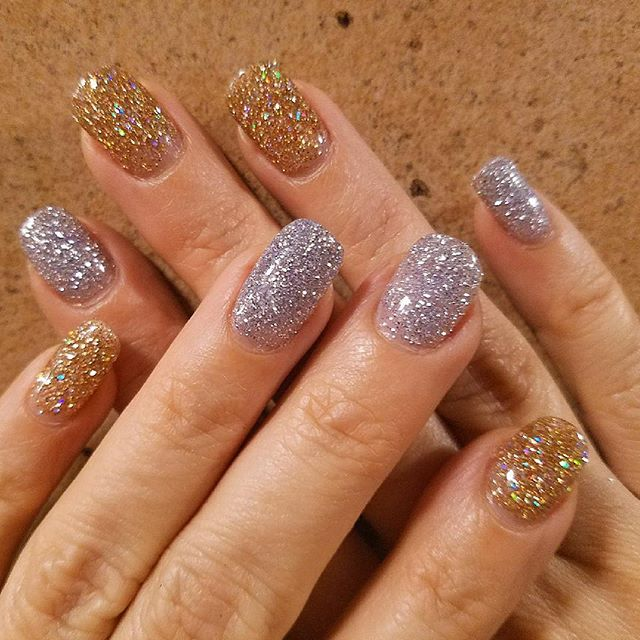 Glitter dipping powder nails 💅✨ #dippingpowder #snsnails #glitter #gold #silver #hairconcept2000 #manicure #woodlandhills #americansalon #modernsalon