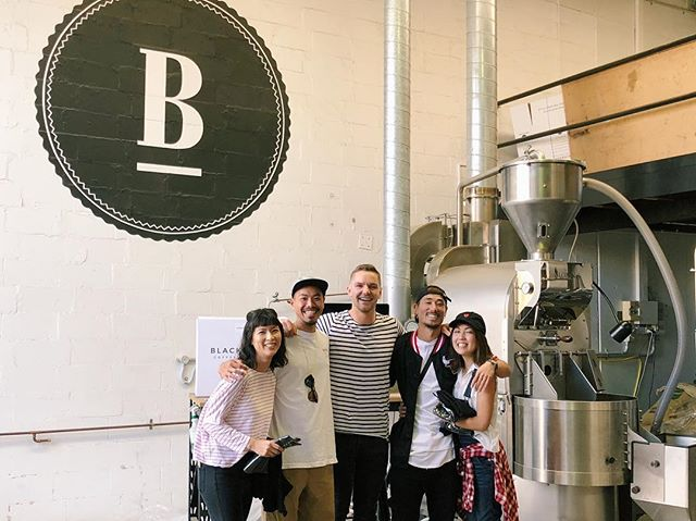 Originally we thought our new friends from Osaka were opening a 'SEX' shop with coffee until we realised it was the pronunciation of 'SKATE' that had us thrown! Either way we don't discriminate and were happy to teach them to make a good brew. Looking forward to visiting these legends in Osaka for some Blackboard brews! ✌🏼☕️🇯🇵
