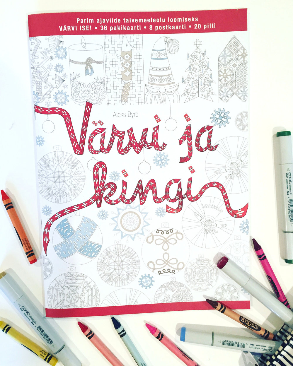 """Color & Gift"" Estonian pattern coloring book"