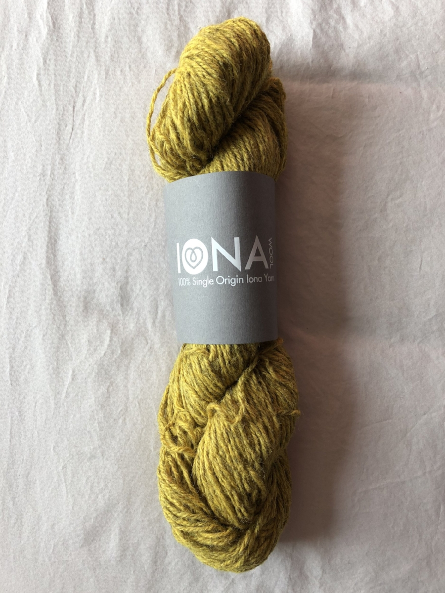 Iona Wool Aran in colour Lichen