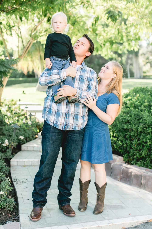 Rhianna Mercier Photography- Family Session Favorites 3.jpg