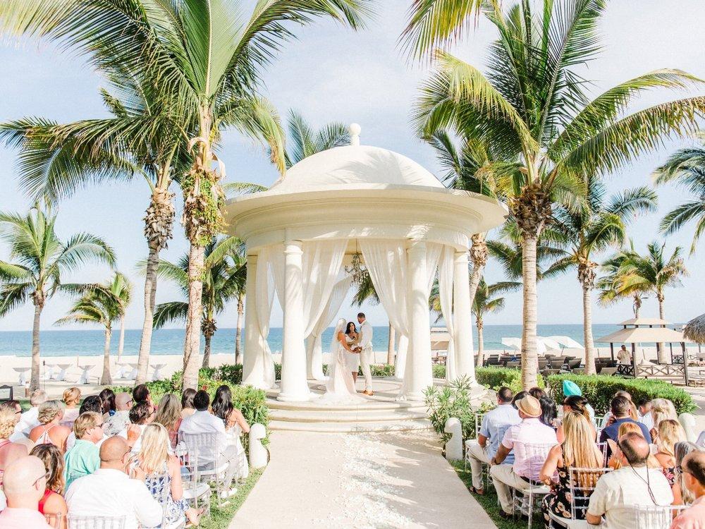 Ziva_Cabo_Mexico_Wedding_Rhianna_Mercier_Photography_Carolyn_Aaron_2018-21658.jpg