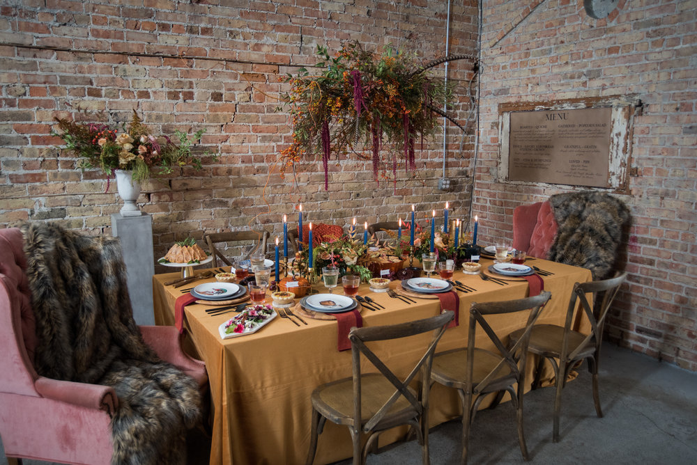 Chicago Wedding Coordinator-Chicago Day of Coordinator-Chicago Wedding Planner-Clover Events-Clover Events Chicago-Friendsgiving-Thanksgiving