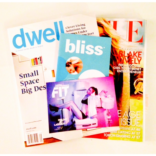 OUR FAVORITE MAGAZINES CAME WITH THE ROOM :). IMAGE BY PRIPPIE.