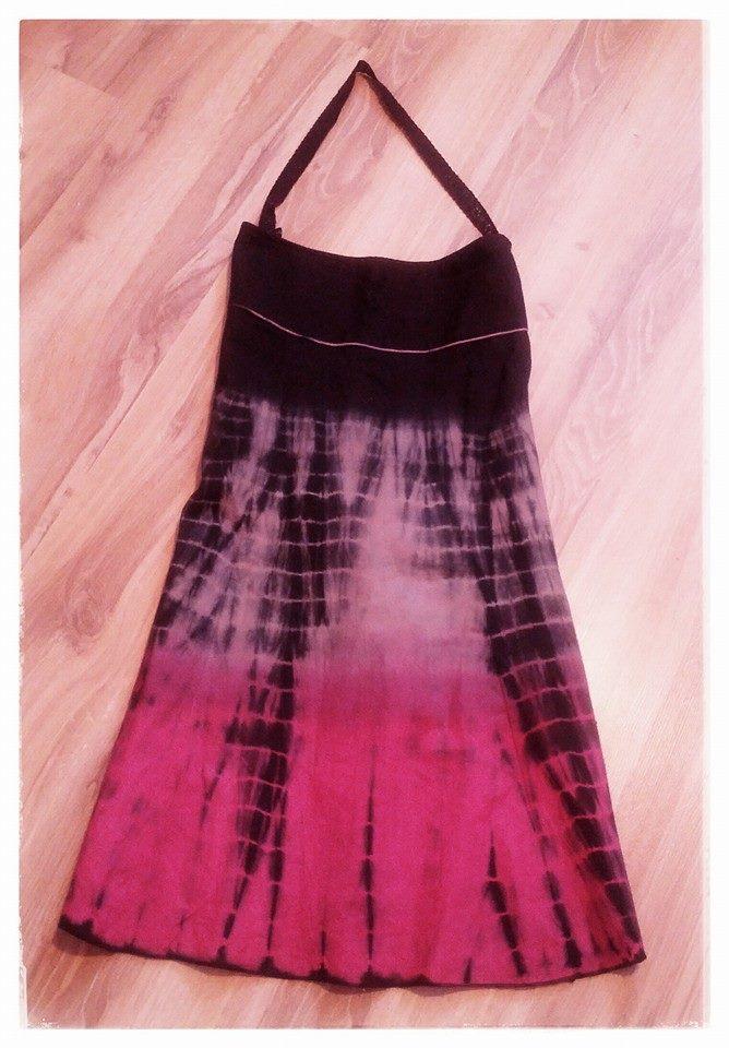 Women's ankle-length skirt (any length will do)