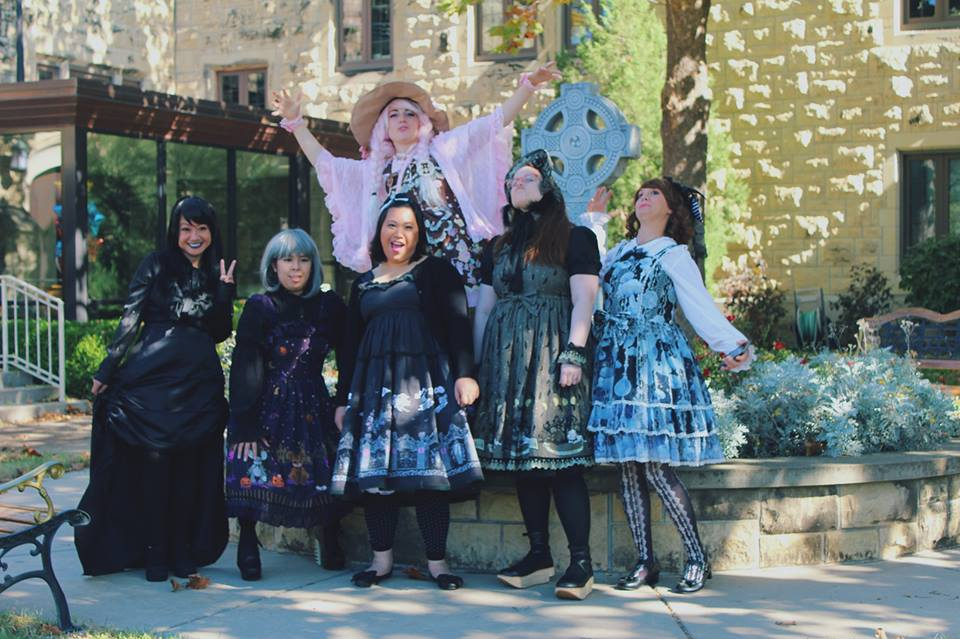 Lolitas from L to R: Nina, AnRi, Giang, Anastasia, Lauren & Christina. Not pictured: Sarah