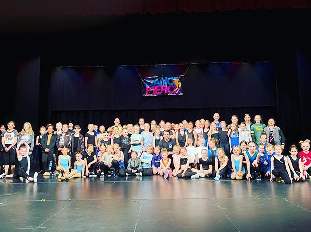 Had an excellent weekend teaching & judging for my friends at @dancefierce in Burley, ID the past few days! I always enjoy getting to come out to this area for this event to see & work with some of the dance community from both ID & UT. Thanks so much to Laisa & Sam for having me as always & thanks to all the studios & students who attended & shared their passion & talents with us🙏🏻Hope to see you all again next year!• • • • • • • • #dance #dancer #dancechoreographer #dancechoreography #danceteacher #danceinstructor #hiphopdance #hiphopdancer #hiphopchoreographer #hiphopchoreography #hiphopteacher #hiphopinstructor #contemporarydance #contemporarydancer #contemporarychoreographer #contemporarychoreography #contemporaryteacher #contemporaryinstructor #danceeducation #danceeducator #dancecompetitionjudge #dancecompetition #dancefierce #burley #idaho #lovewhatido #frequenttraveller #nakoa #nakoanetwork #nakoastudios