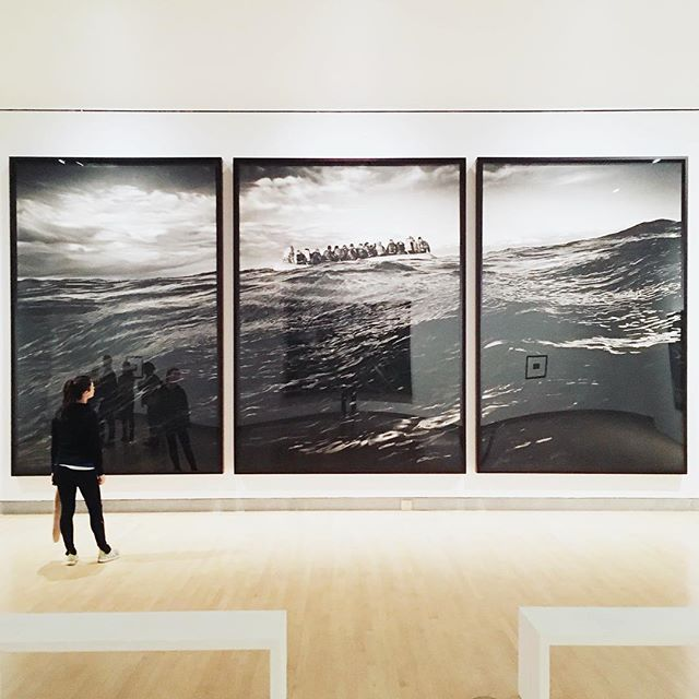 A nice little pilgrimage with my favorite art buddy to see this breathtaking show of charcoal drawings by Robert Longo @brooklynmuseum 👀. Untitled (Raft at Sea) was the standout, a must see. Thanks @riettic for the recco #JacqAndArt #PeopleIKnowAndArt