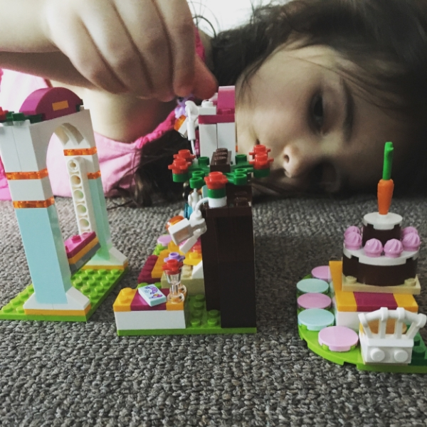 Lego Is Magic: missteenussr's march #streamteam