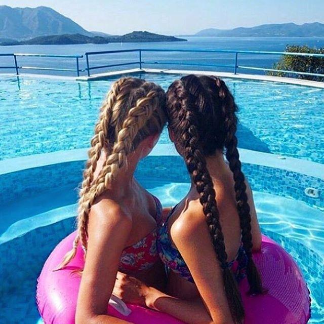 Чтобы подготовить волосы к летнему отдыху, нужно позаботиться заранее😉 со стайлингом и уходами  #redken сделать это легко👌🏼 прекрасного отдыха друзья😄👍 #иркутск #редкен #салонкрасоты