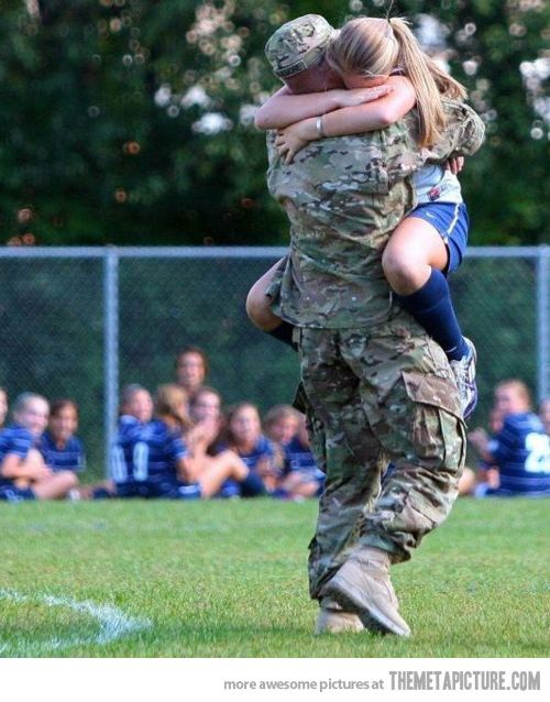 dads.co_militarydaddaughtersoccer