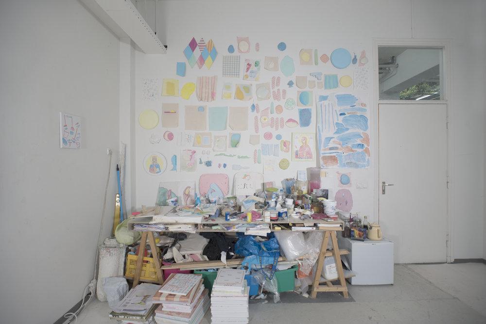 Paintings Serie2.00.jpg