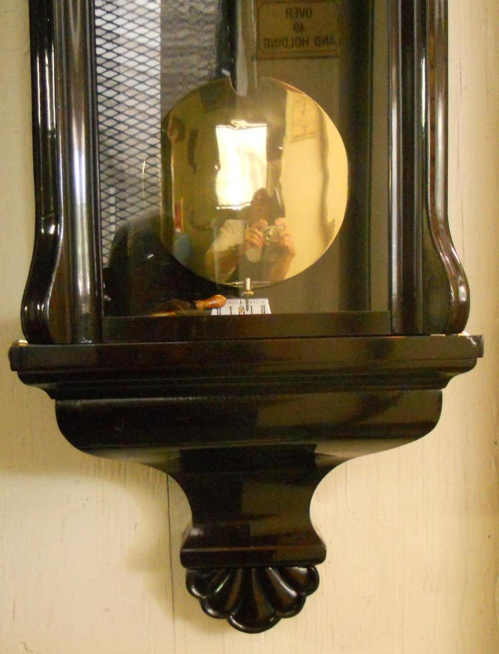 Clock03s.JPG