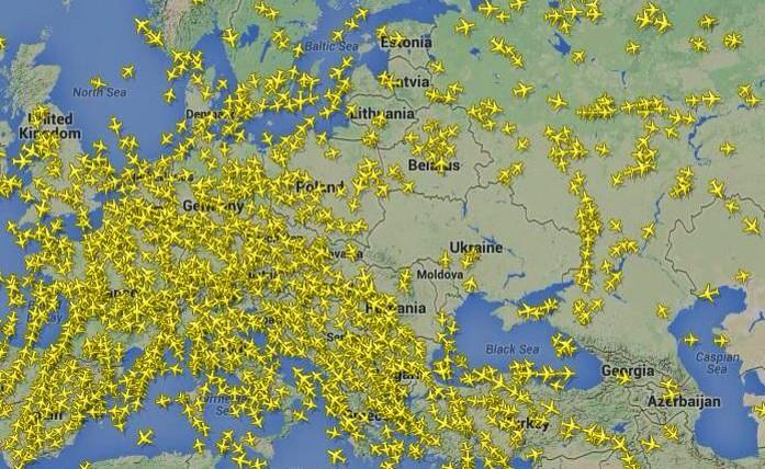 The Ukrainian airspace is being avoided, not even hours after the MH17 catastrophe. (image credit: FlightRadar24)