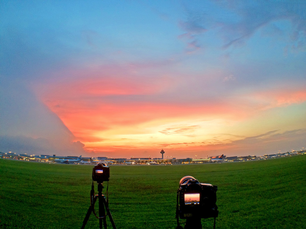 Capturing the skies. (image credit:  Milton Tan )