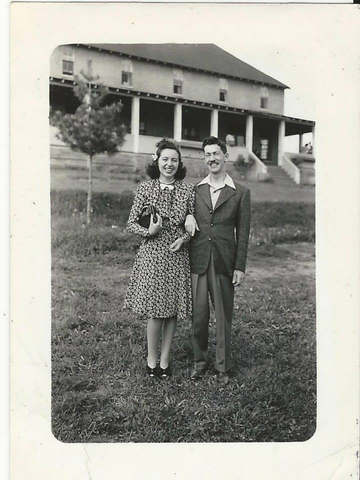 Mom and Dad 1941 Ste Agathe.jpg