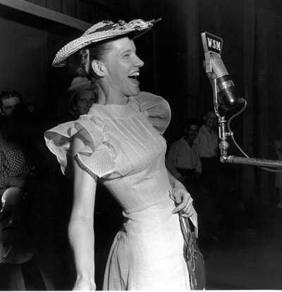 Minnie Pearl in Action, Opry Series 1946