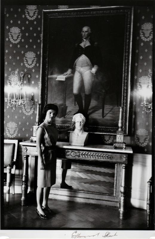 Jackie Kennedy Redecorates the White House 4