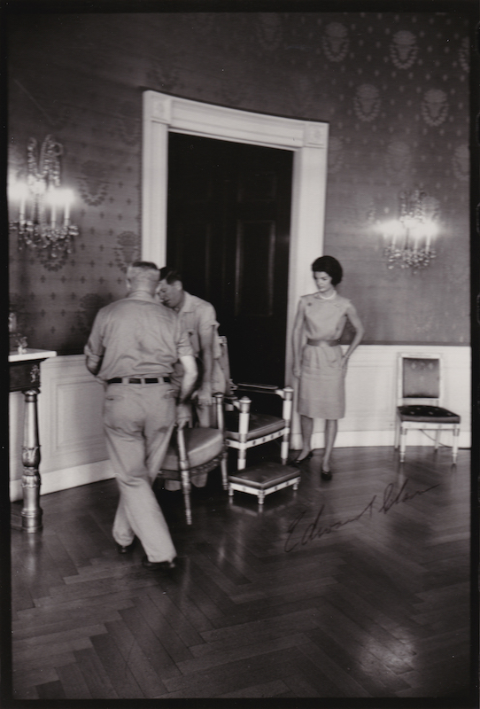 Jackie Redecorates the White House 6