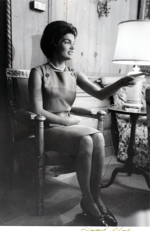 Jackie Kennedy Redecorates the White House 12