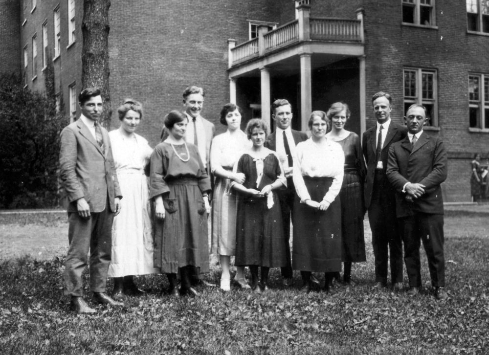 Conference attendees on the Earlham campus: Betty and Paul are sixth and seventh from the left. Helen Hawkins is to the left of Betty; Clarence Pickett is next to last