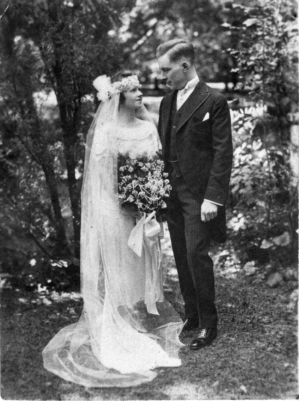 Wedding portrait of Betty & Paul