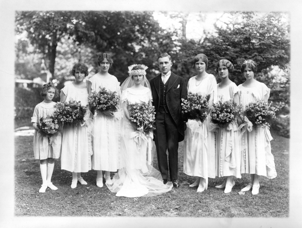 Left to right: Henrietta Walter, Eleanor Booth, Betty, Paul, Lucy Sargent, Faith Borton Weston, Rebecca Biddle, Helen Walter