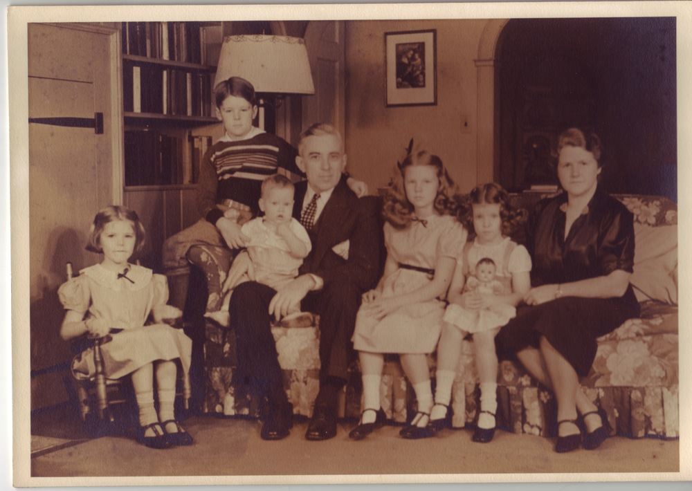 L-R: Caroline, Paul Jr, Philip, Paul, Deborah, Elizabeth Ann, Betty