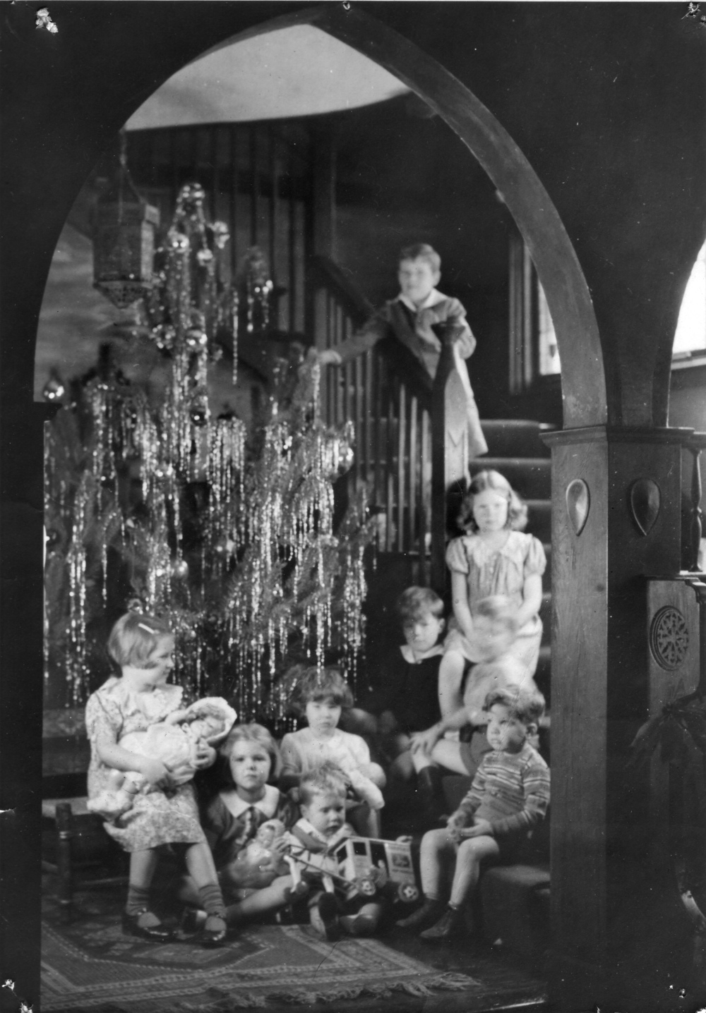 Christmas 1937 at Villa Rhodora