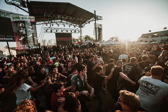 @goldfingermusic • @punkindrublicfestival