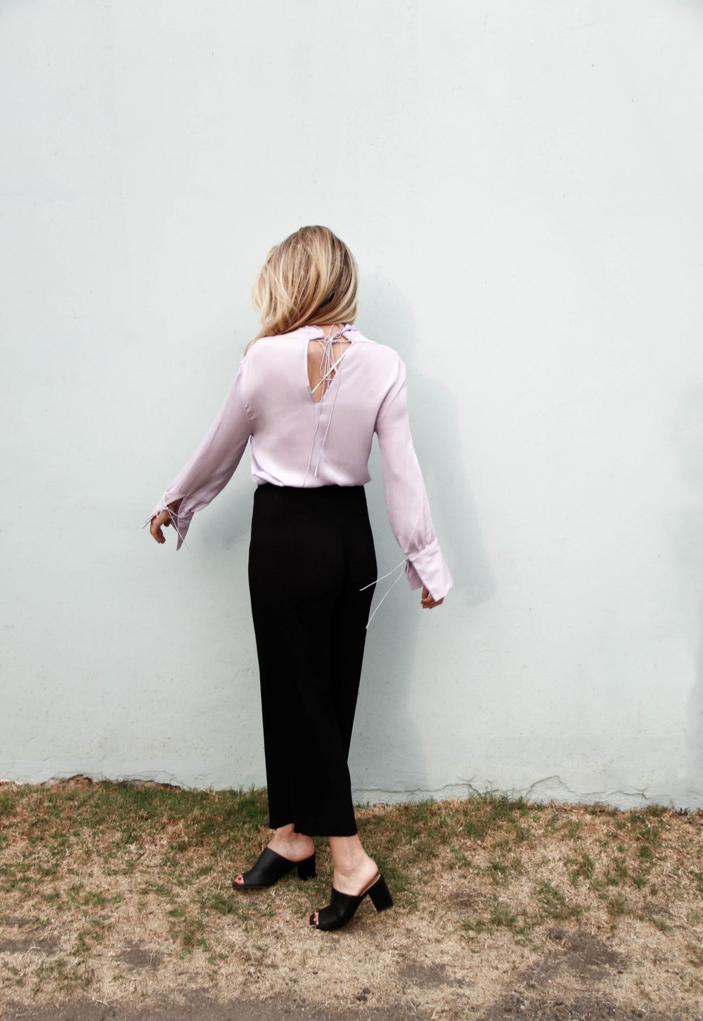 the style sauce fashion blog street style lavender silk blouse topshop