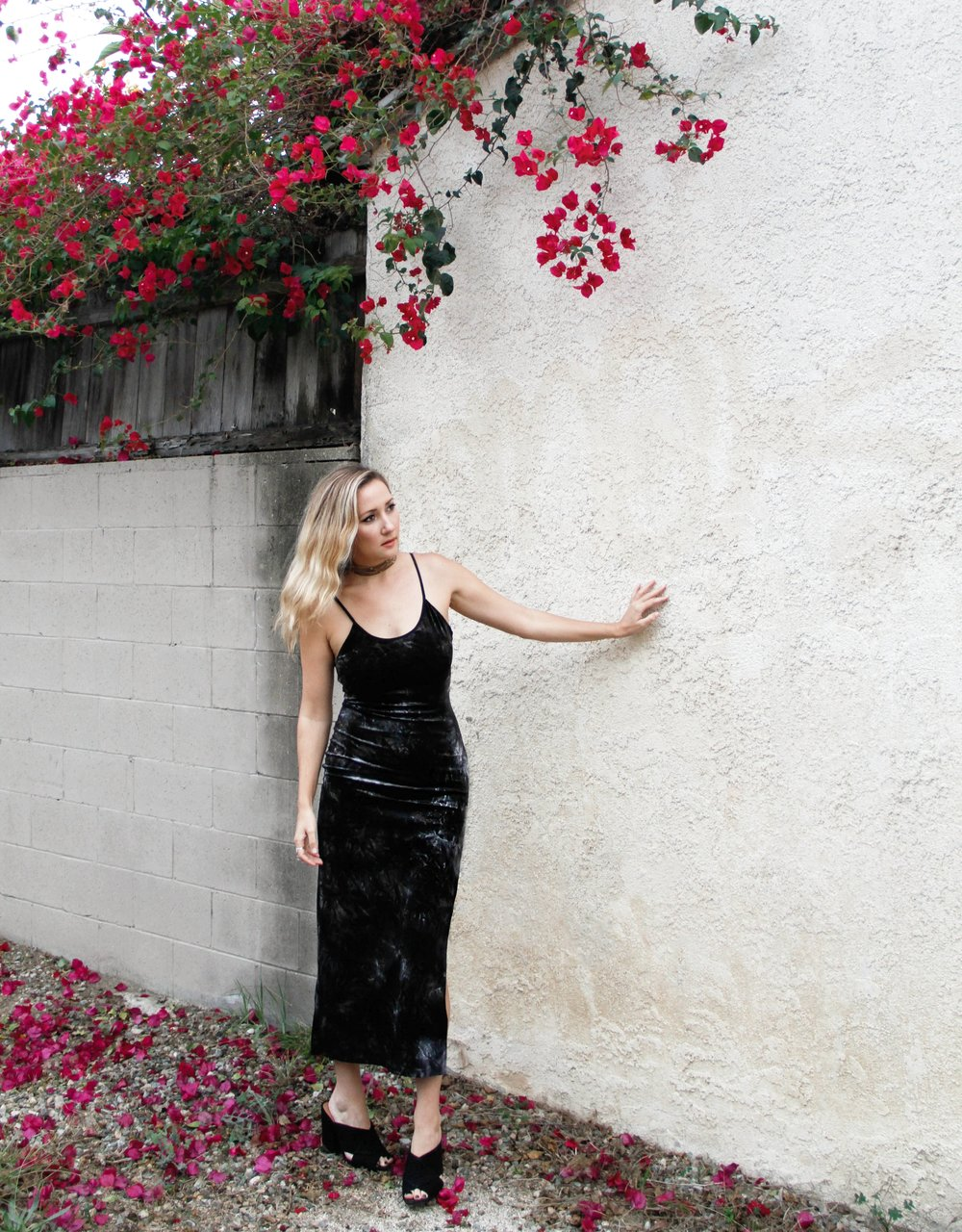 The Style Sauce crush on crushed velvet black dress fashion blog