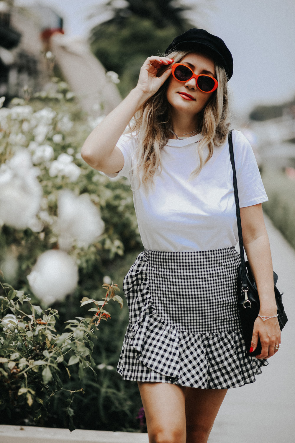 the style sauce blog gingham skirt orange sunglasses venice beach canals