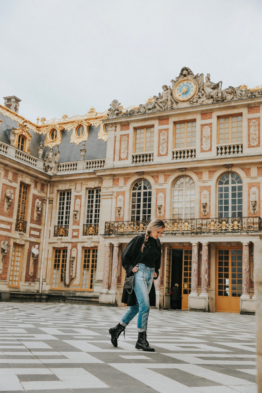 The Palace of Versailles // How to get to the Palace of Versailles // Best travel tips France // Day trips from Paris // The Style Sauce travels // travel blogger // Travel blogs