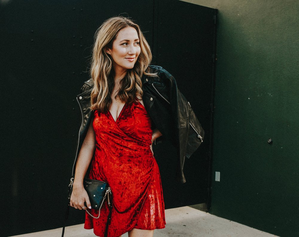 the style sauce // red dress // fashion blog // womens fashion ideas // date night look