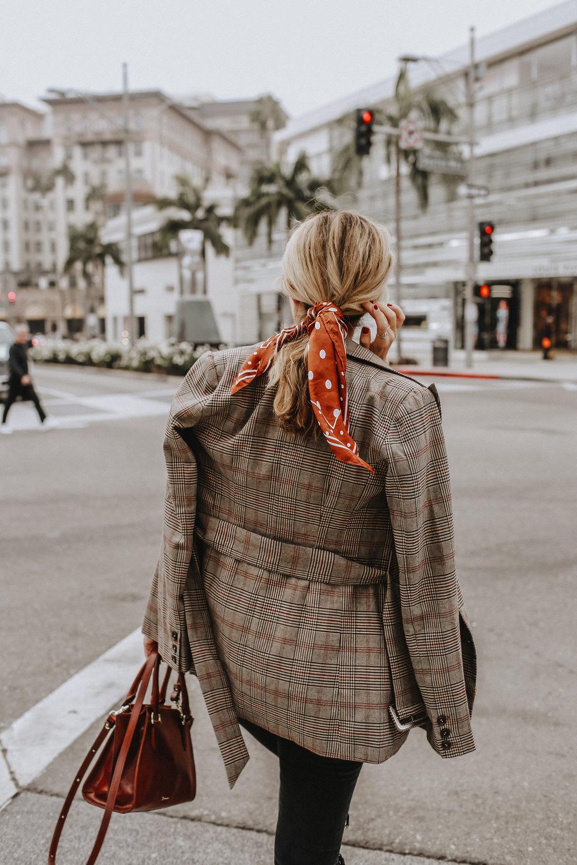 Hair scarf // Fall style ideas // The Style Sauce