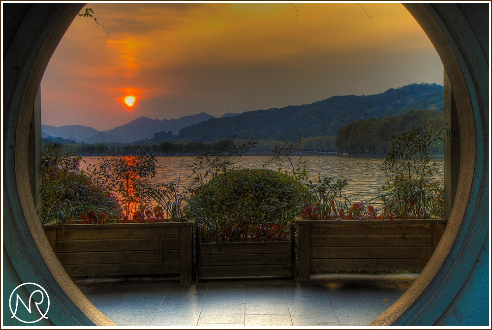 HDR Sunset in Hangzhou in China