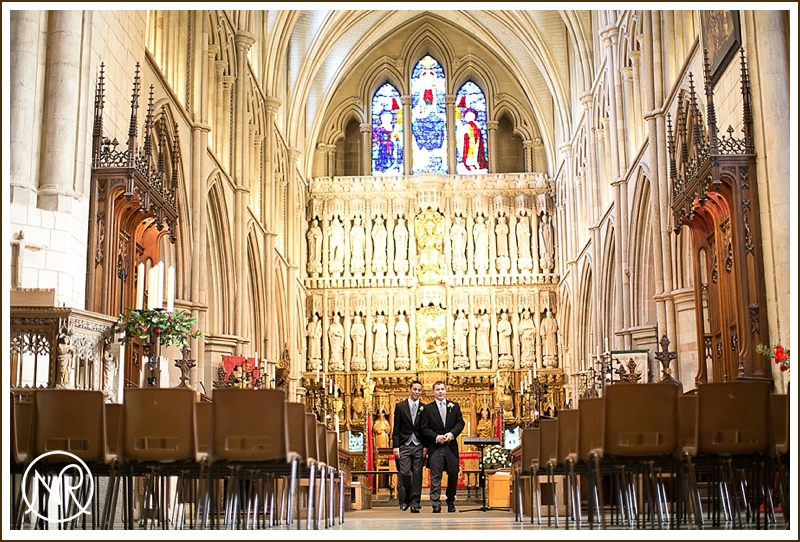 Southwark-Cathedral-Wedding-in-London-0001.jpg