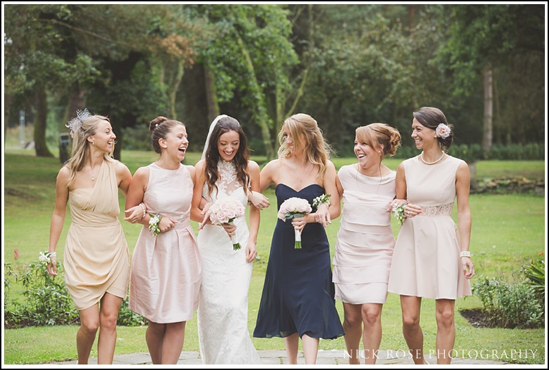 Bridesmaids wedding photos