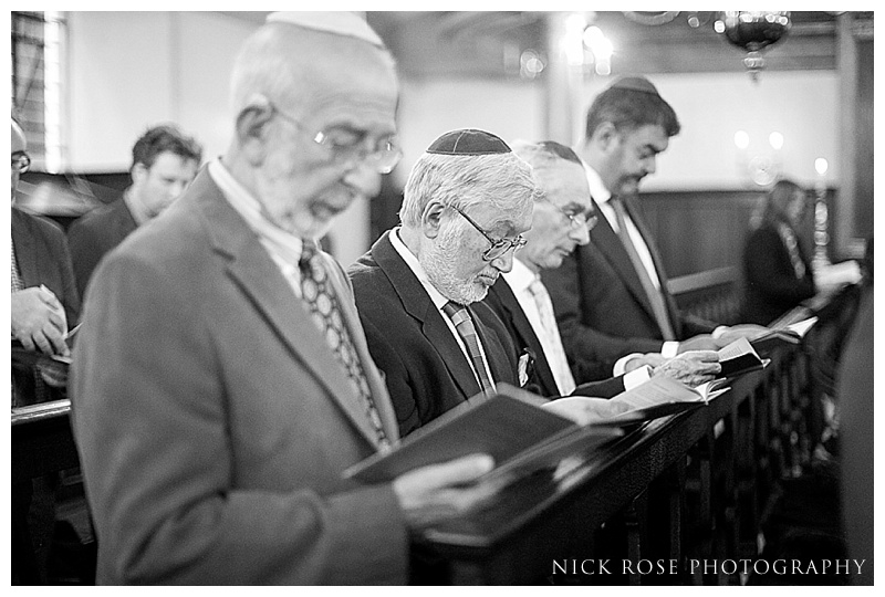 Bevis Mark Synagogue wedding photography