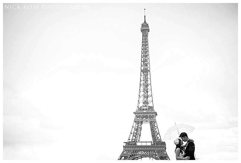 Eiffel Tower pre wedding photography