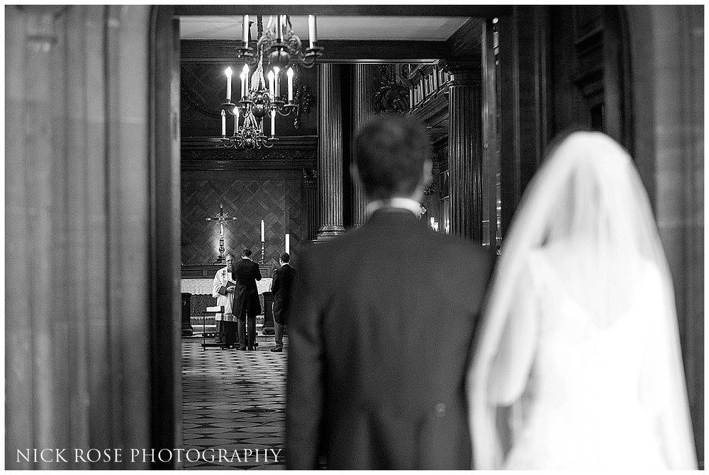 Hampton Court Palace Wedding Photography_0024.jpg