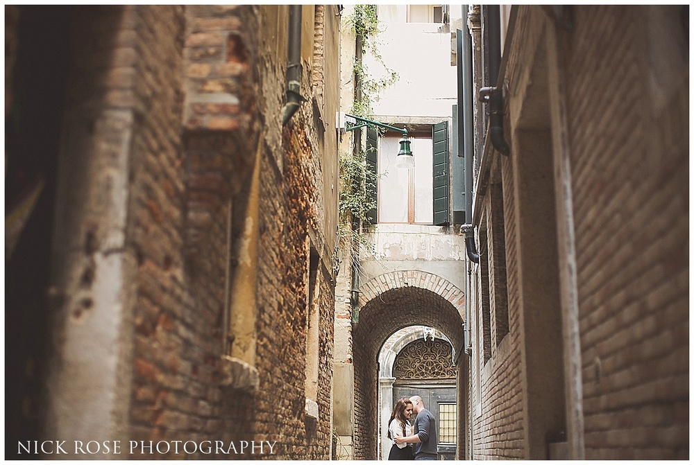 International pre wedding photographer