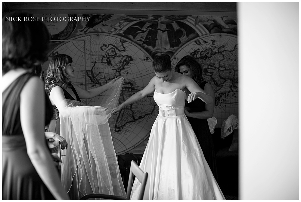 Hampton Court Palace Wedding Photography