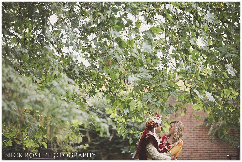 Asian wedding photographer Hampton Court