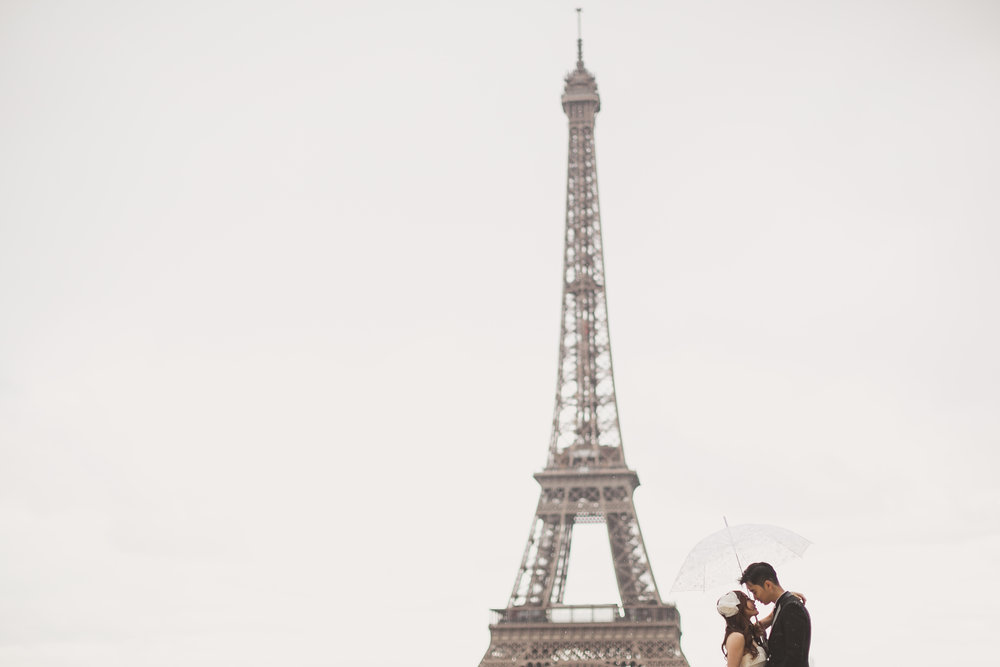 Paris pre wedding photography at Eifeel Tower