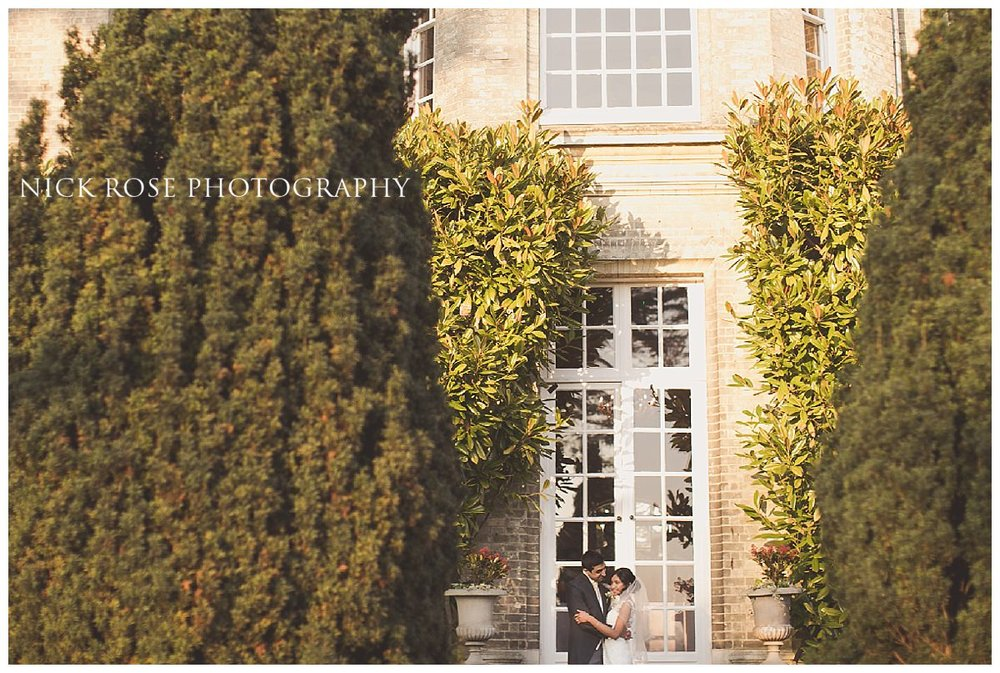 Couple wedding portrait in front of Hedsor House in Buckinghamshire